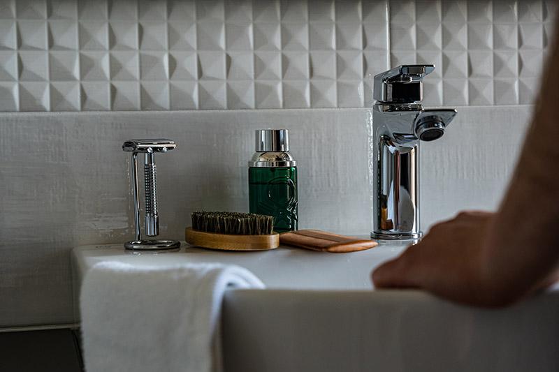 Cologne-bathroom